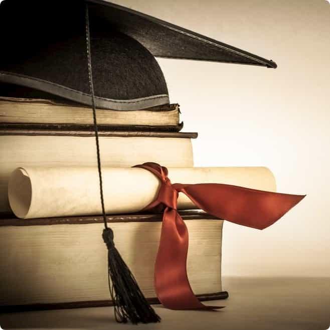 Bildungsweg: Schule, Ausbildung & Studium im Lebenslauf