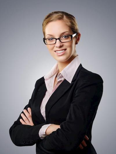 Bewerbungsfoto mit Frau in Bluse